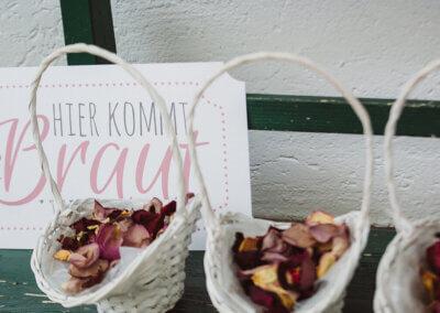 Blumenkörbe für die Braut