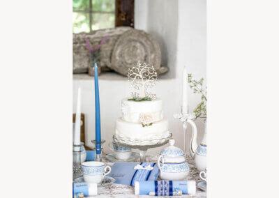 Hochzeitstorte hellblau